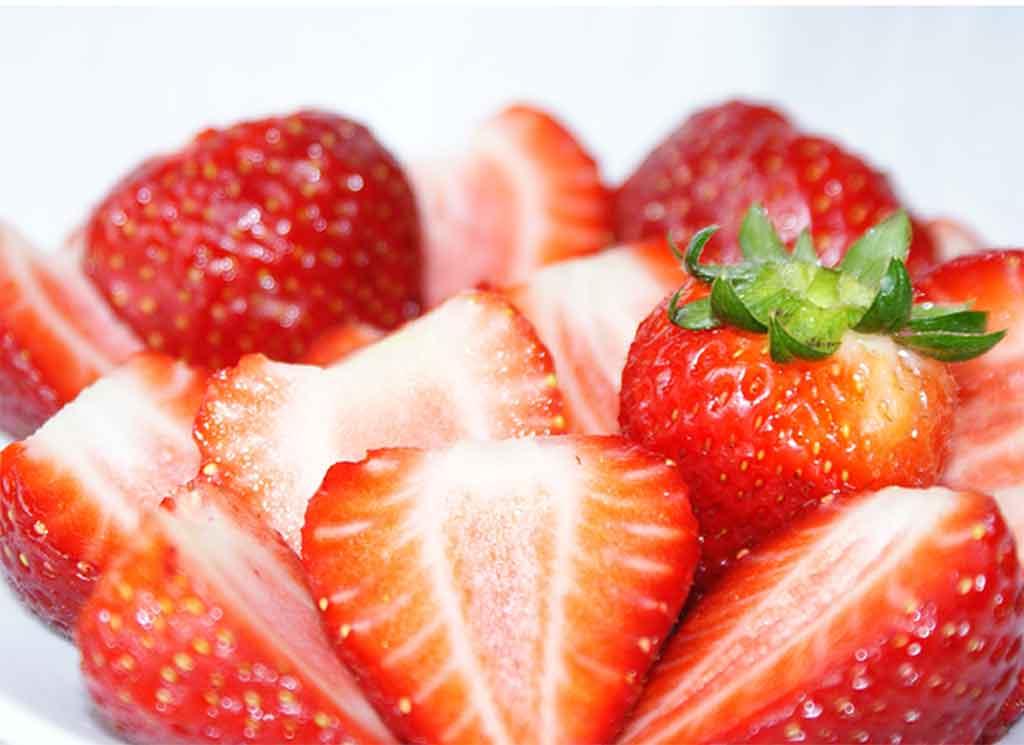 姜格庄草莓果实